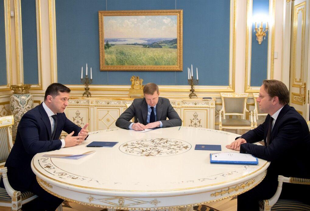 Переговори Володимира Зеленського з Олівером Варгеї