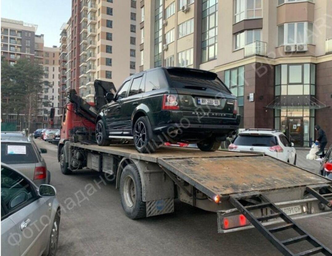 Авто, яке помітили на місці злочину