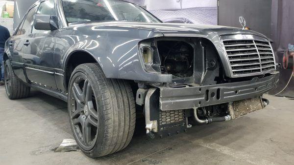 Mercedes 500E с 6,2 л M156 V8