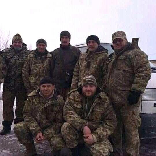 Владимир Алехно с побратимами из 14 ОМБр