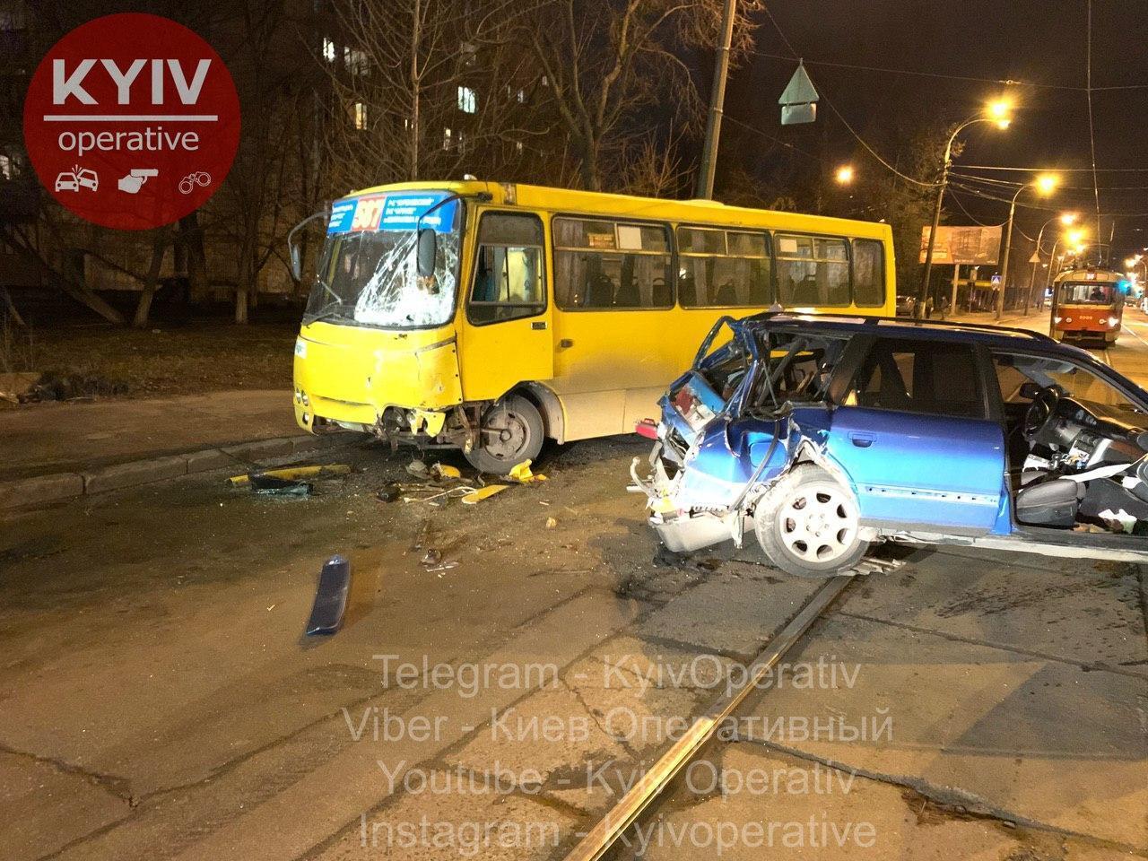 ДТП з маршруткою у Києві