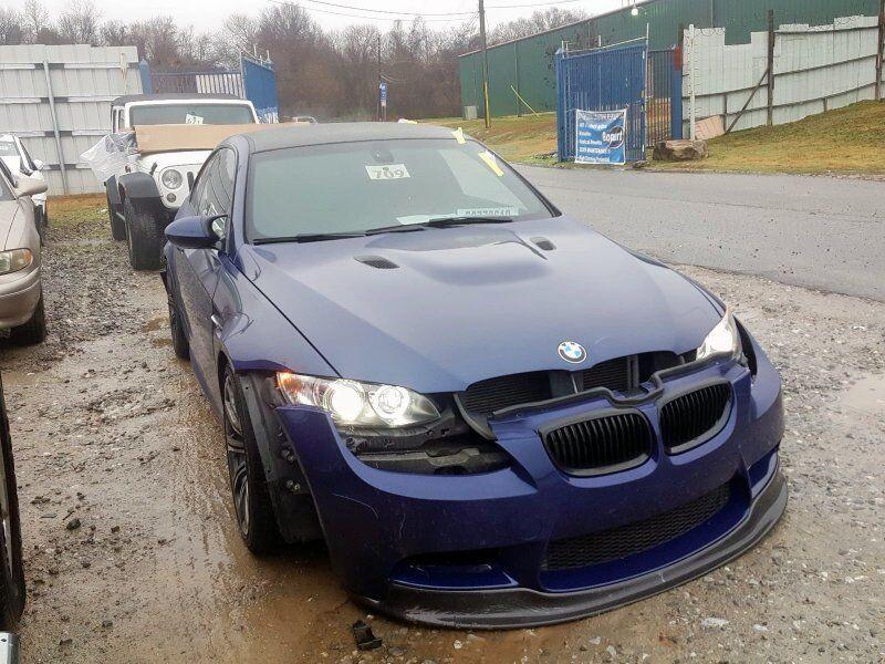 Розбита BMW M3 на аукціоні