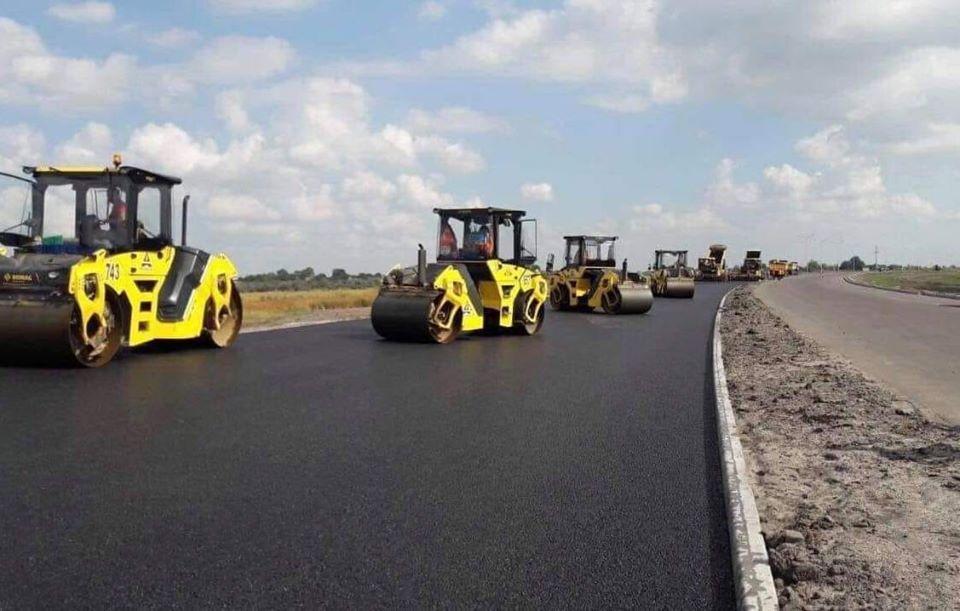 За 2020 год в Украине собираются отремонтировать свыше 4000 км дорог государственного значения