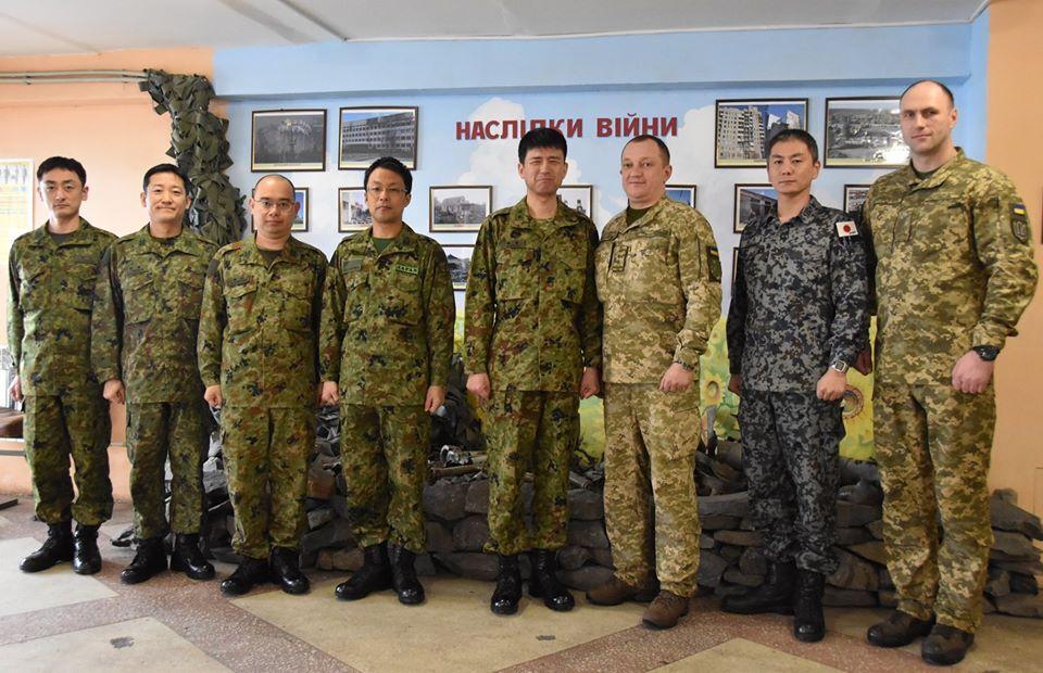 Район ООС посетила делегация офицеров Сил Самообороны Японии
