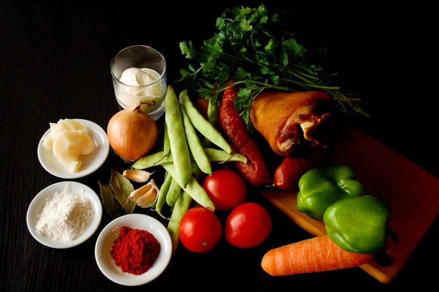 Ингредиенты для супа Боб левеш