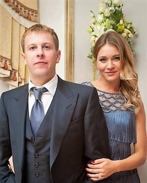 Дочка водійки Світлана Сопельник з чоловіком Віталієм Хомутинником
