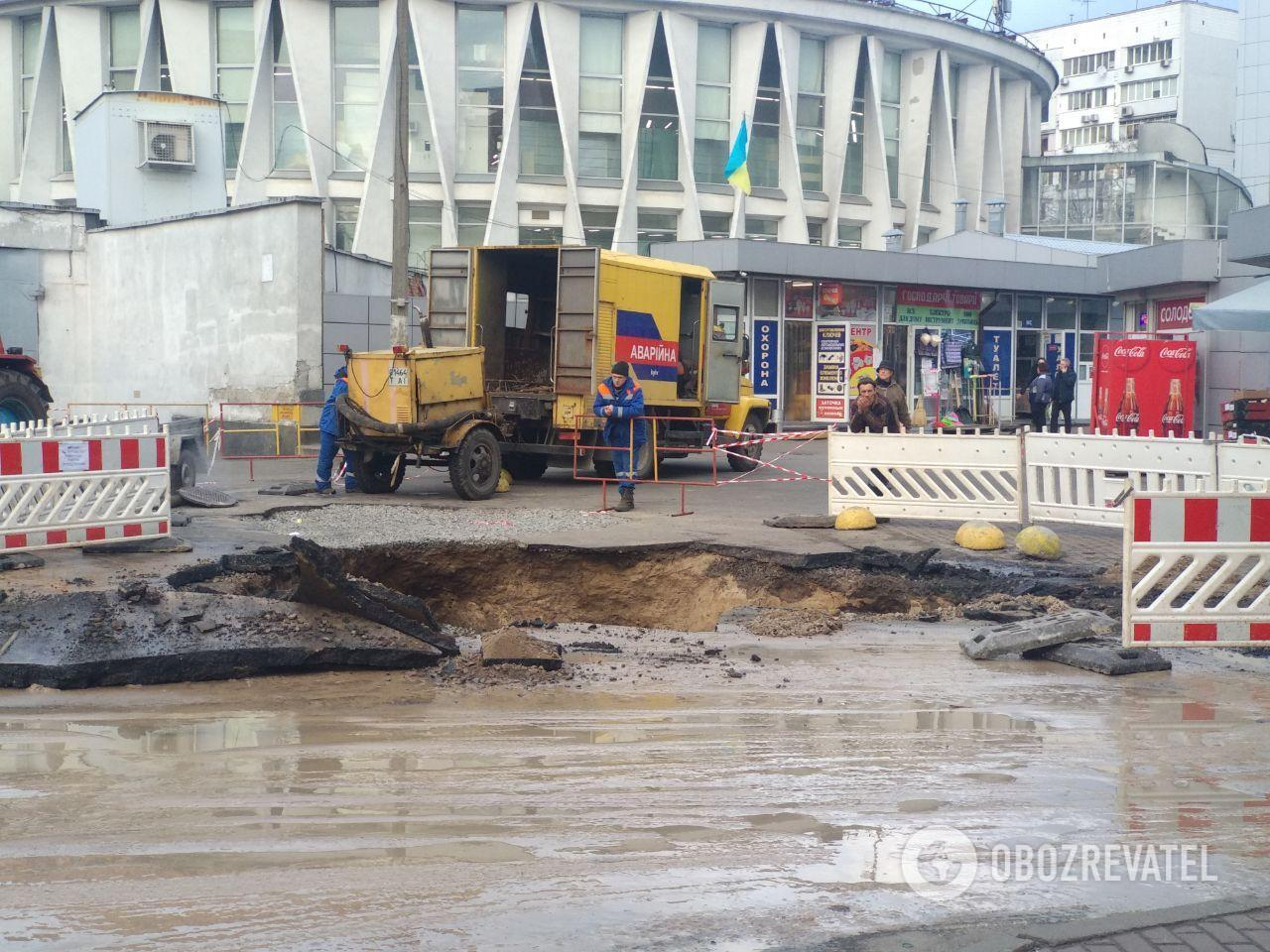 Порыв теплотрассы в Киеве