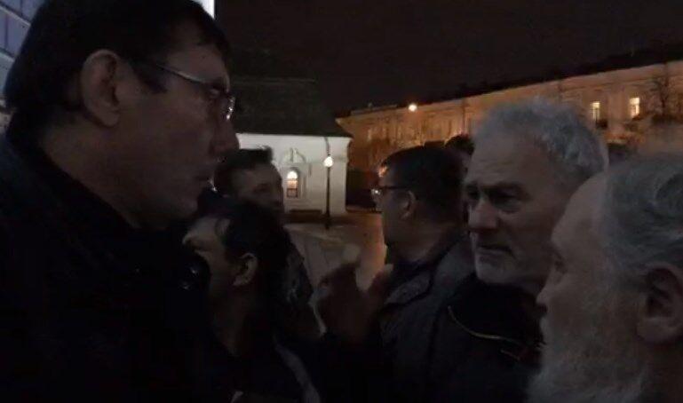 Бывший генпрокурор Юрий Луценко возле Михайловского собора