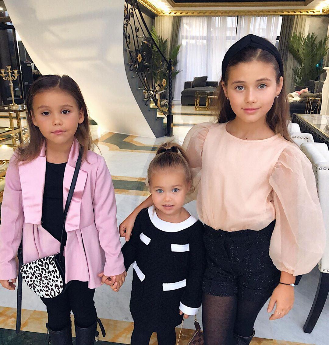 Дочери Джигана и Самойловой