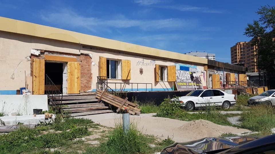 Кафе в Новосибірську, де впав дах