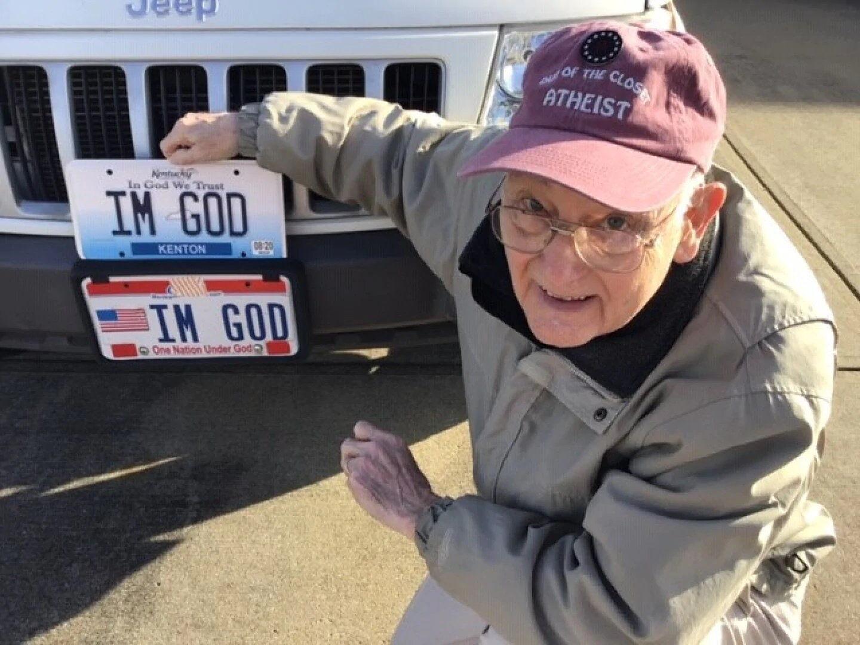 80-летний Бенни Харт с индивидуальными номерами