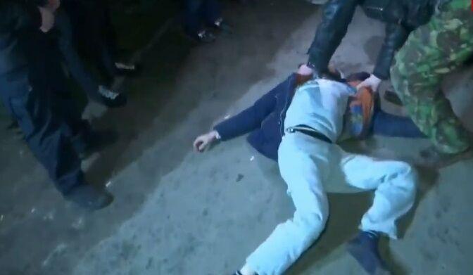 У Нових Санжарах почалися сутички місцевих жителів із силовиками
