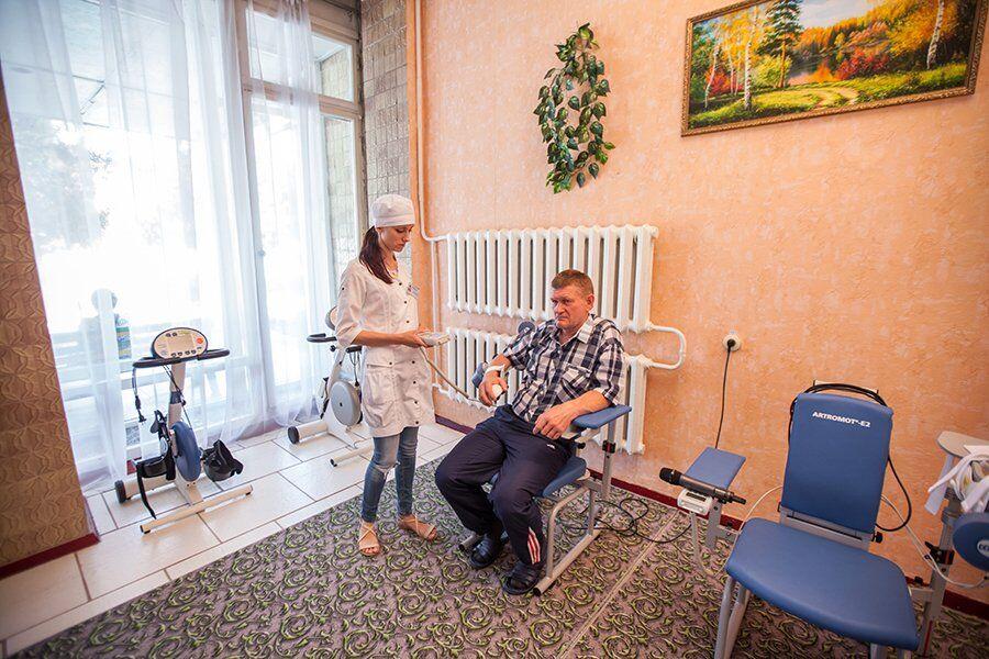 Украинцев забрали из Уханя: все об операции и протестах онлайн