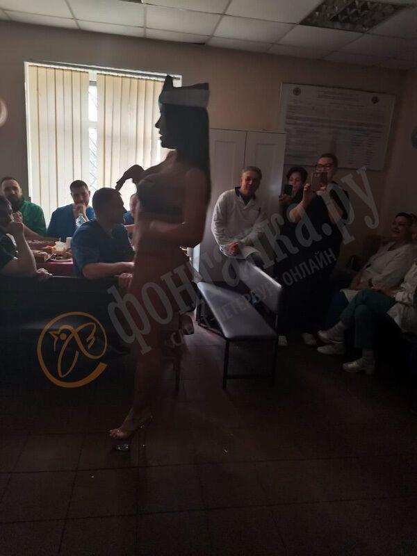 В Санкт-Петербургском морге выступила стриптизёрша