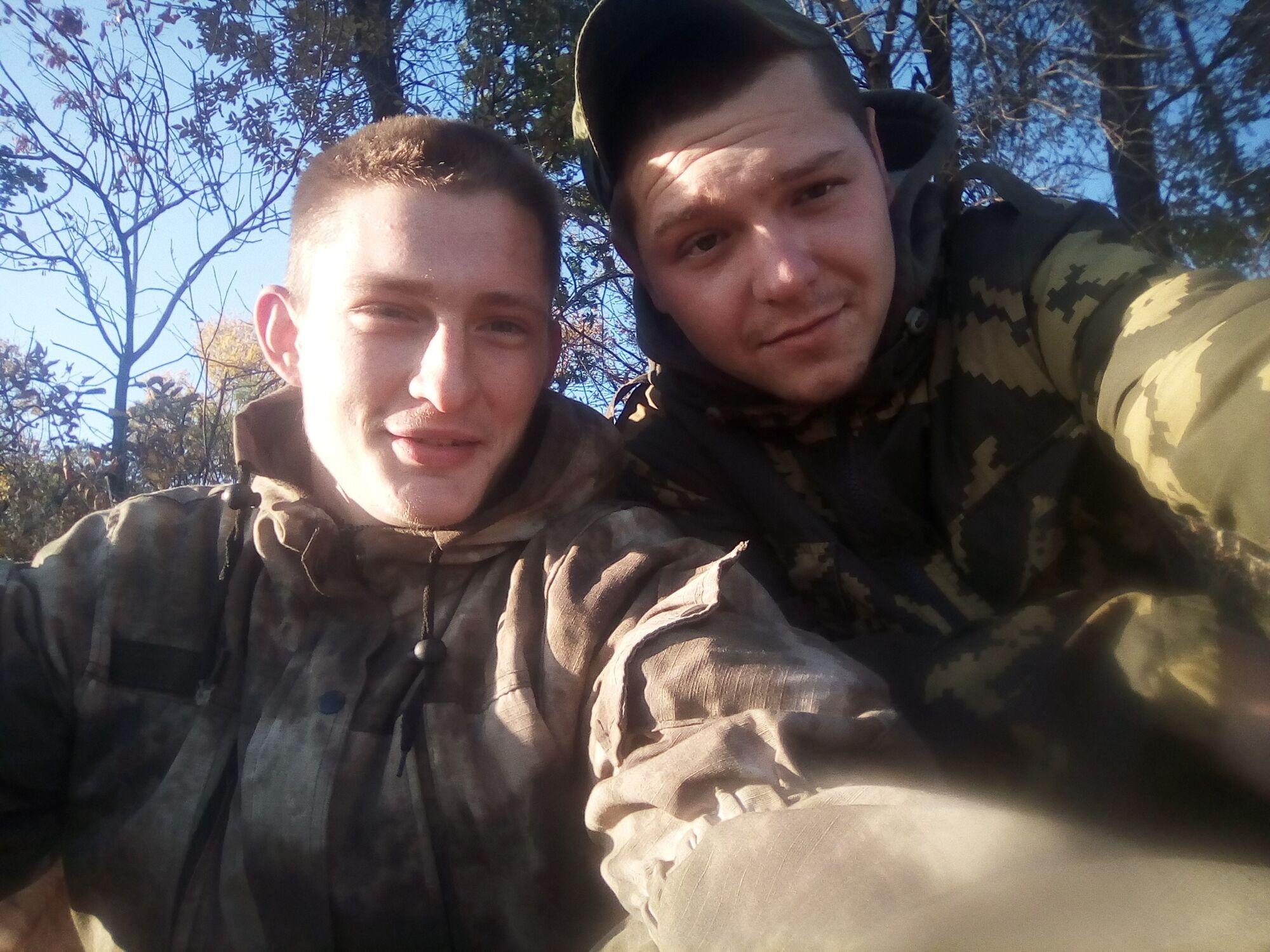 """Терорист """"ДНР"""" Андрій Лазарєв (зліва)"""