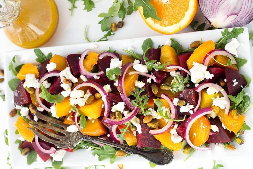 Салат з буряка з сиром і апельсинами