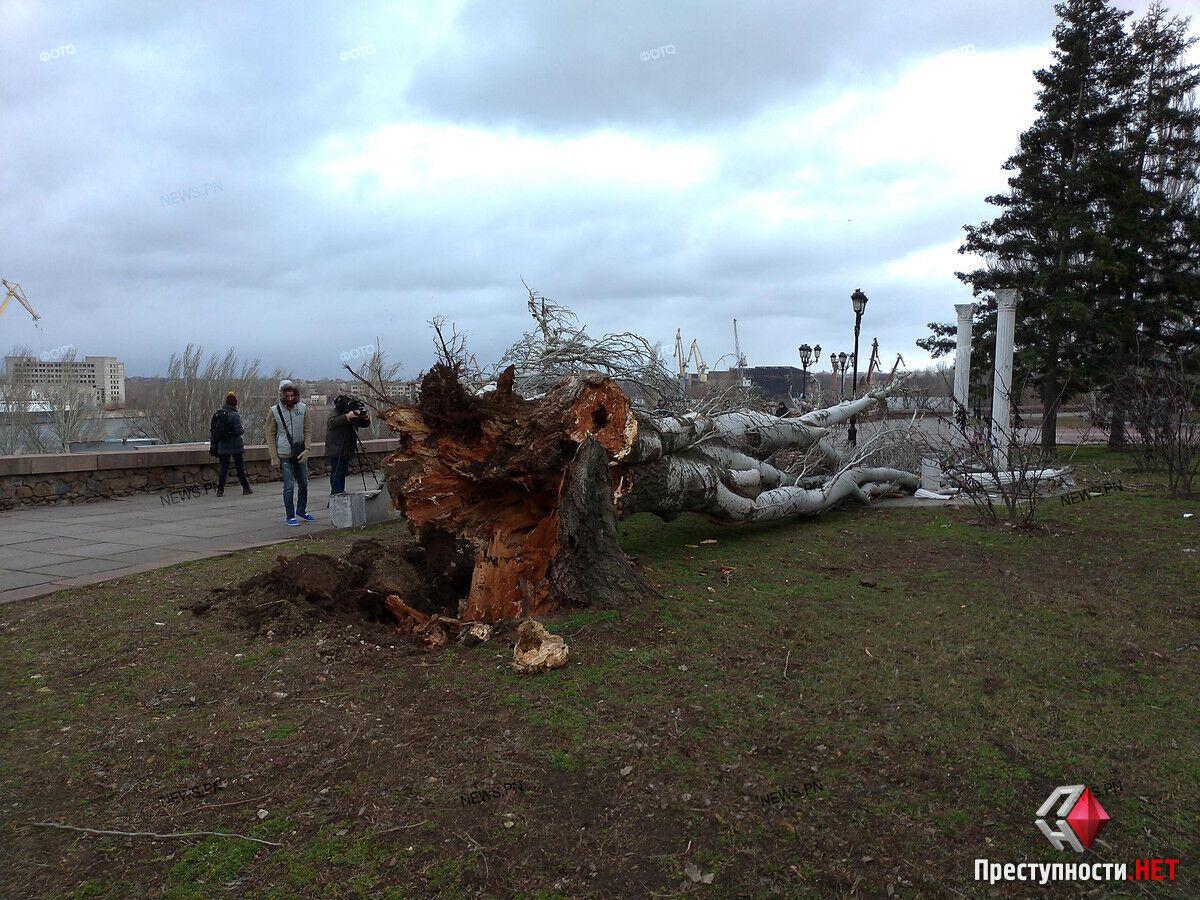 Ураганний вітер у Миколаєві