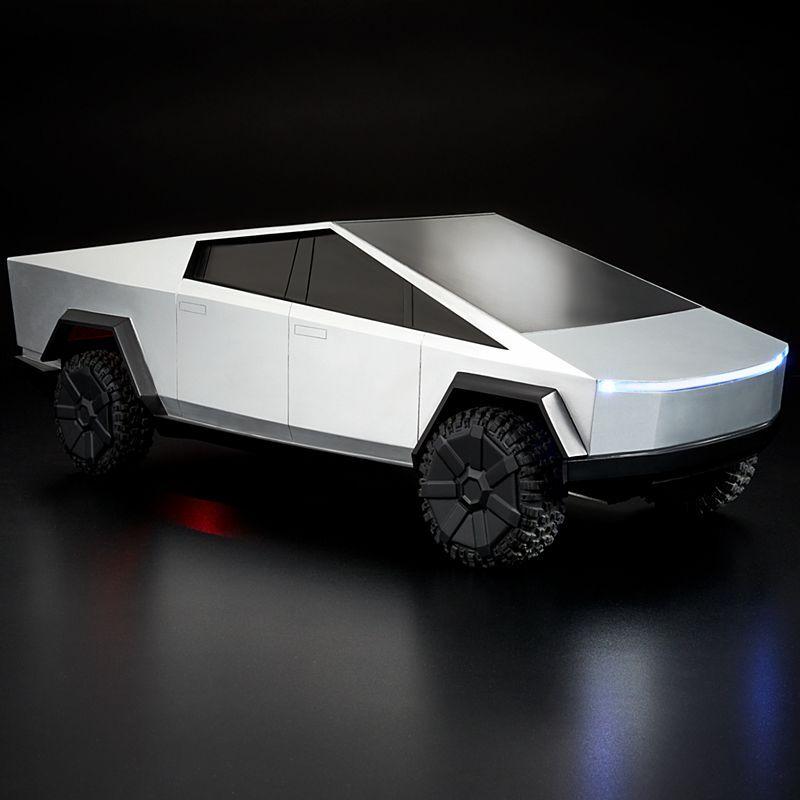 Hot Wheels R / C Cybertruck