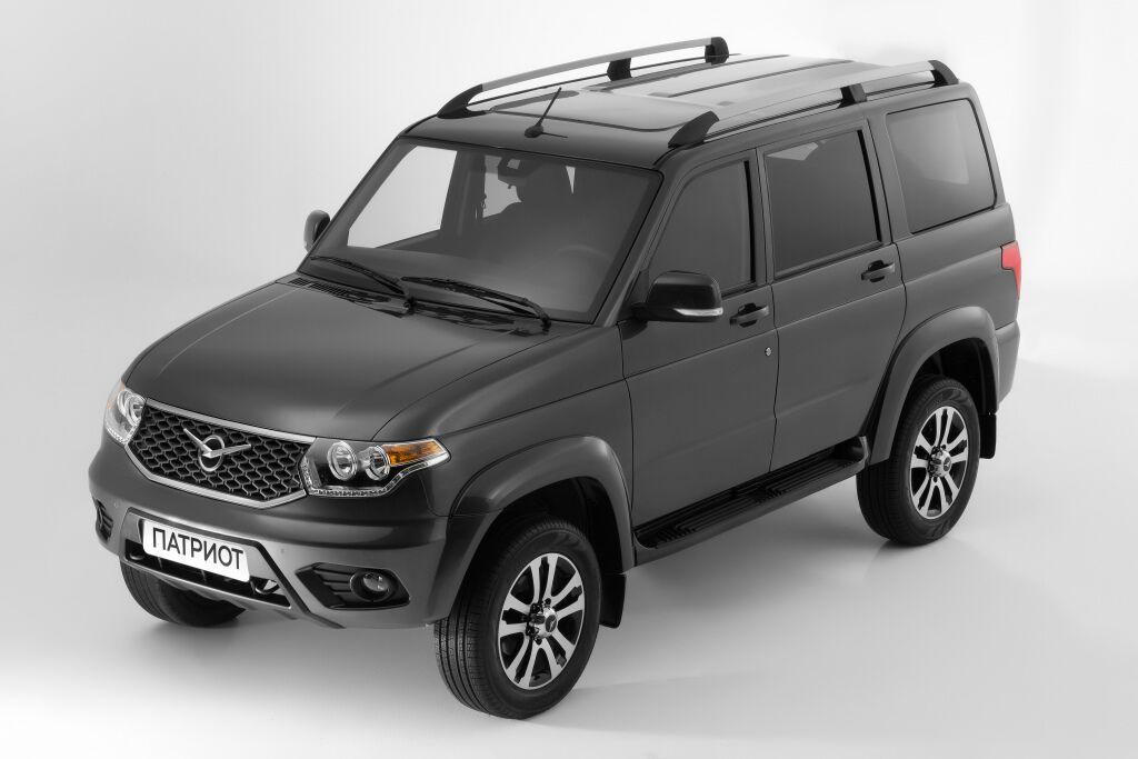 Зараз УАЗ-3163 (Патріот) виглядає так; саме цей автомобіль планують перетворити на нову модель