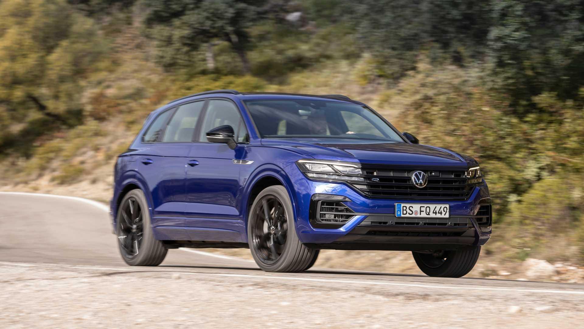 Volkswagen Touareg R Новинка станет третьей моделью с PHEV в европейской семье VW после Golf и Passat GTE