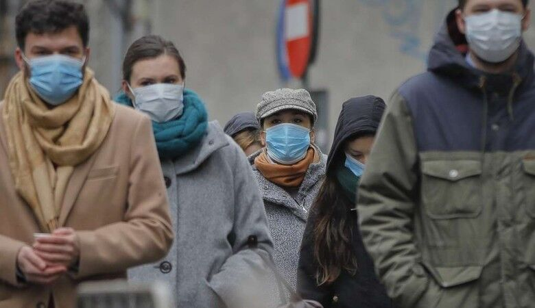 Медичні маски купити складно