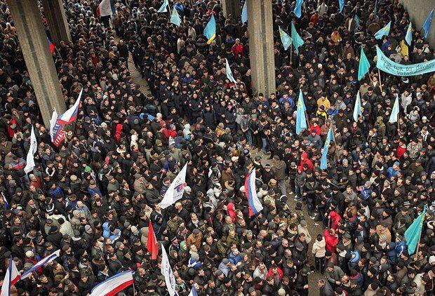 Столкновения под крымским парламентом