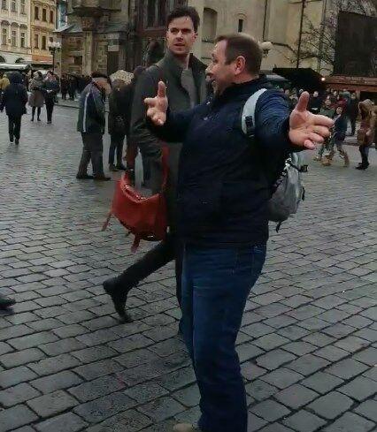 Россияне устроили провокацию на выставке в Праге