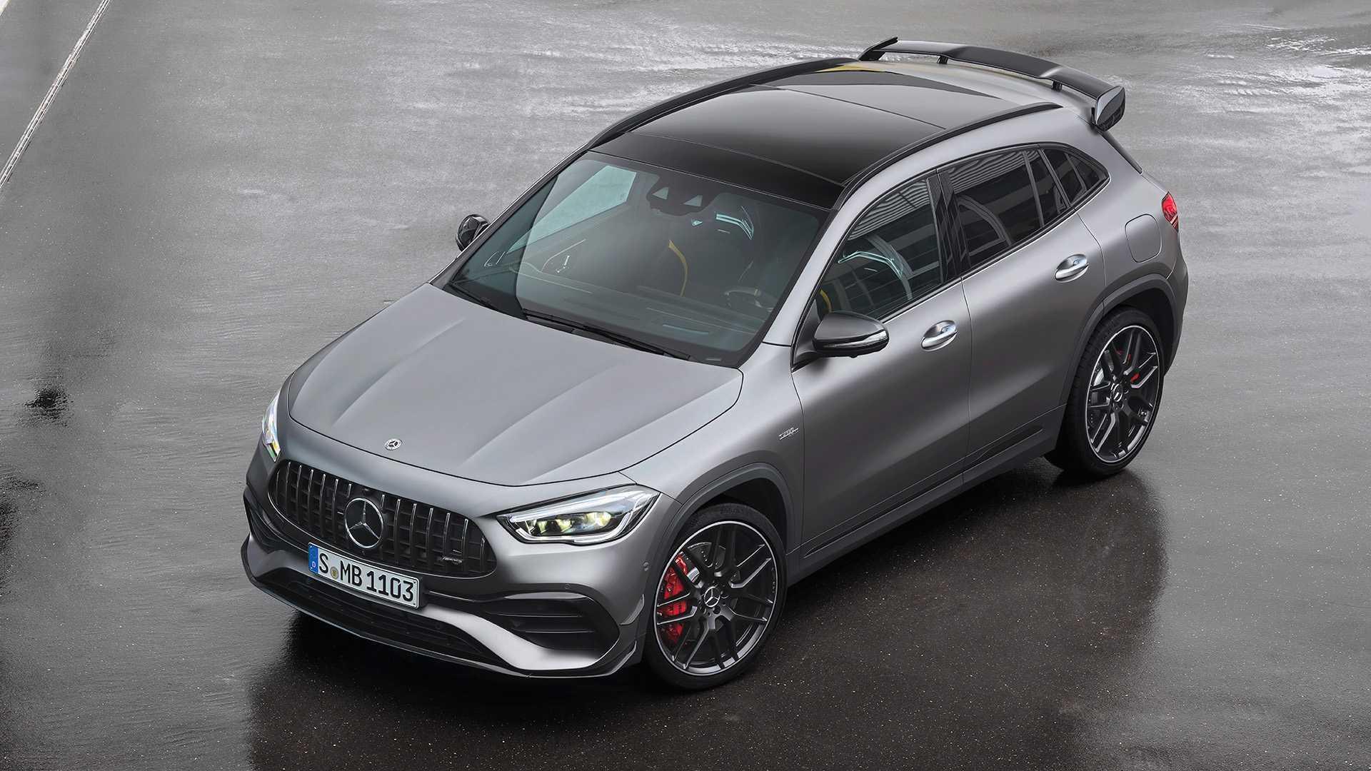 Новый компактный кроссовер Mercedes-AMG предлагается в двух версиях – 387-сильной GLA 45 и 421-сильной GLA 45 S