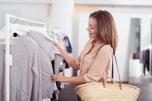 Нельзя носить после 40 лет: названо топ-5 вещей. Фото