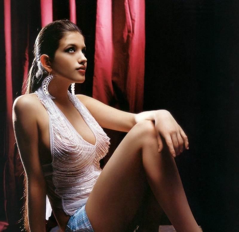 Анна Чиповская поддерживает идеальную фигуру благодаря игре в трехчасовых спектаклях.