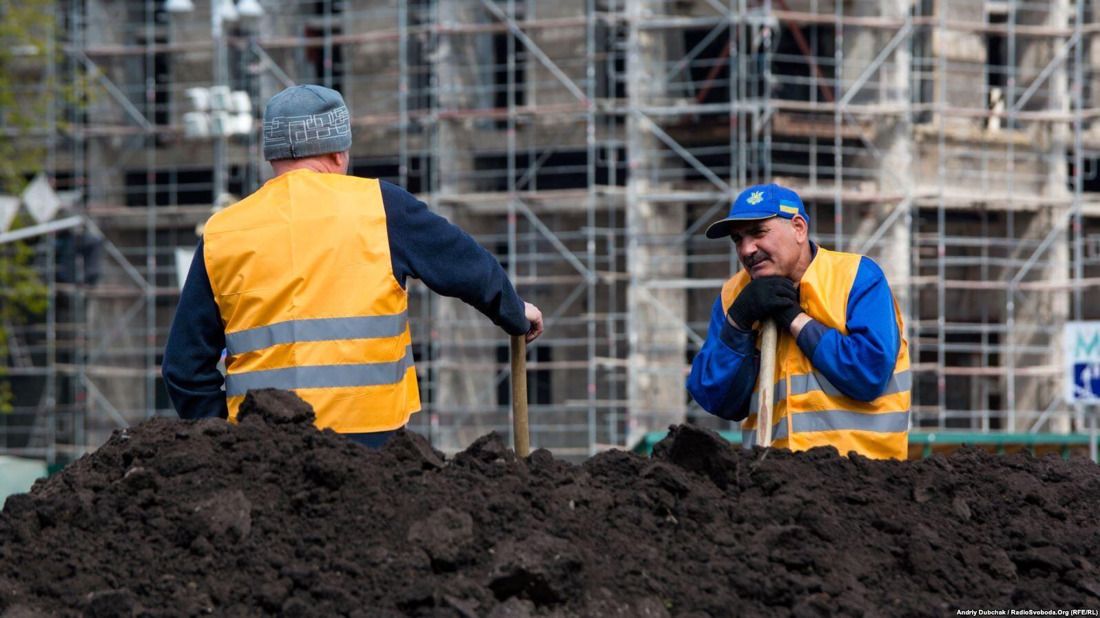 Все больше трудовых мигрантов из Украины отказываются ехать в Россию