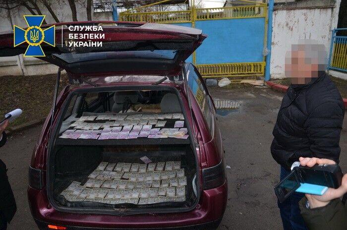 В Івано-Франківську посадовець погорів на хабарі за продаж будматеріалів