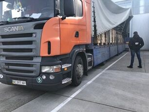 Розкрито злочинну схему вивезення сировини з цінних порід дерев в ЄС