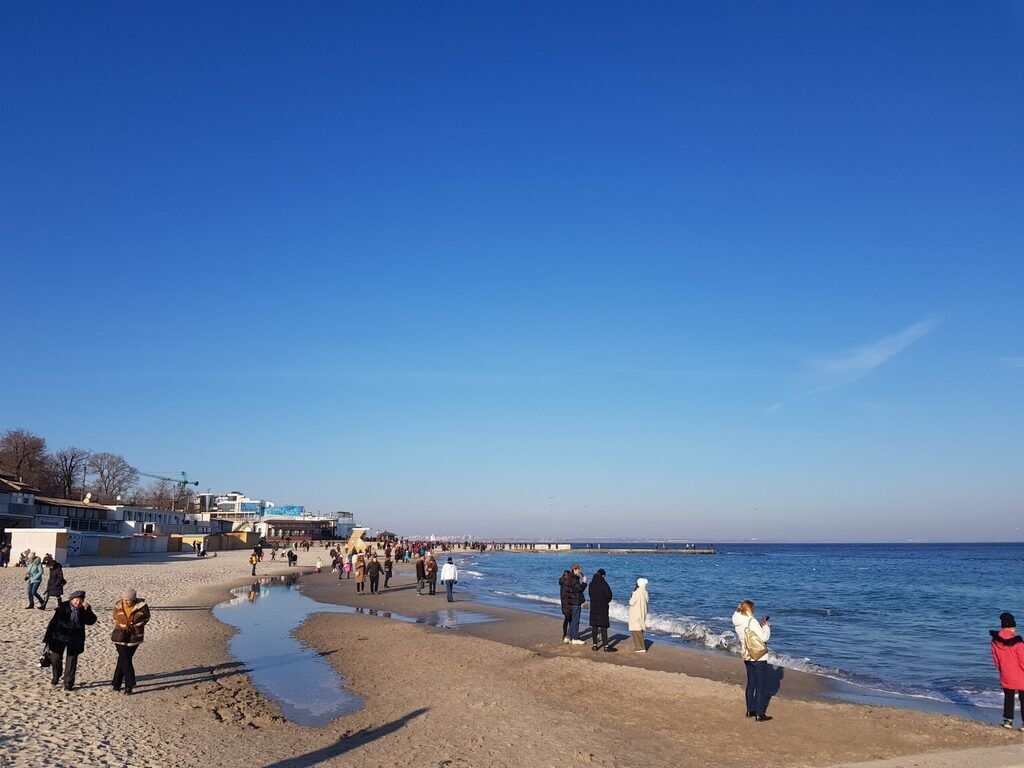 В Одесі перші вихідни лютого поставили температурний рекорд