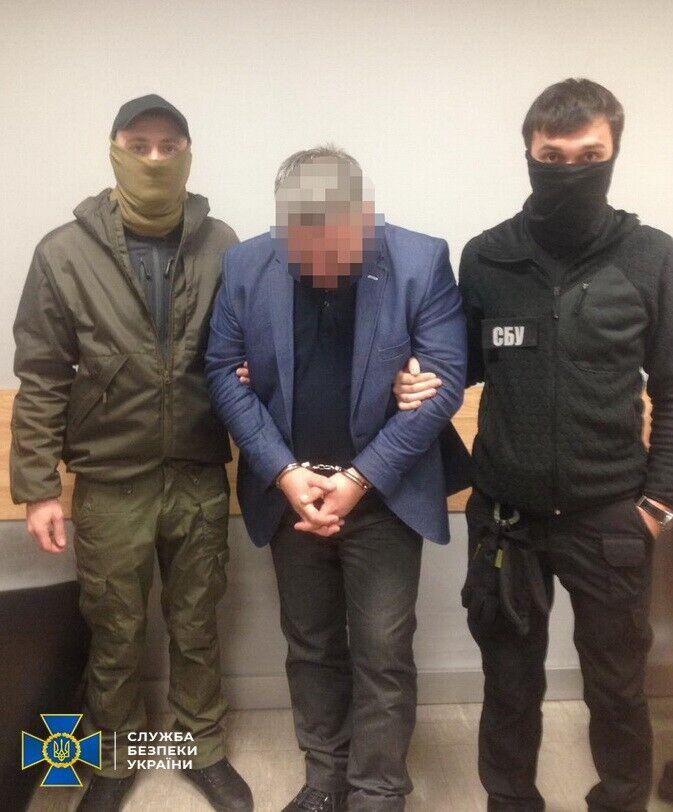 """У аеропорту """"Бориспіль"""" спіймали організатора оборудки з іноземними літаками"""