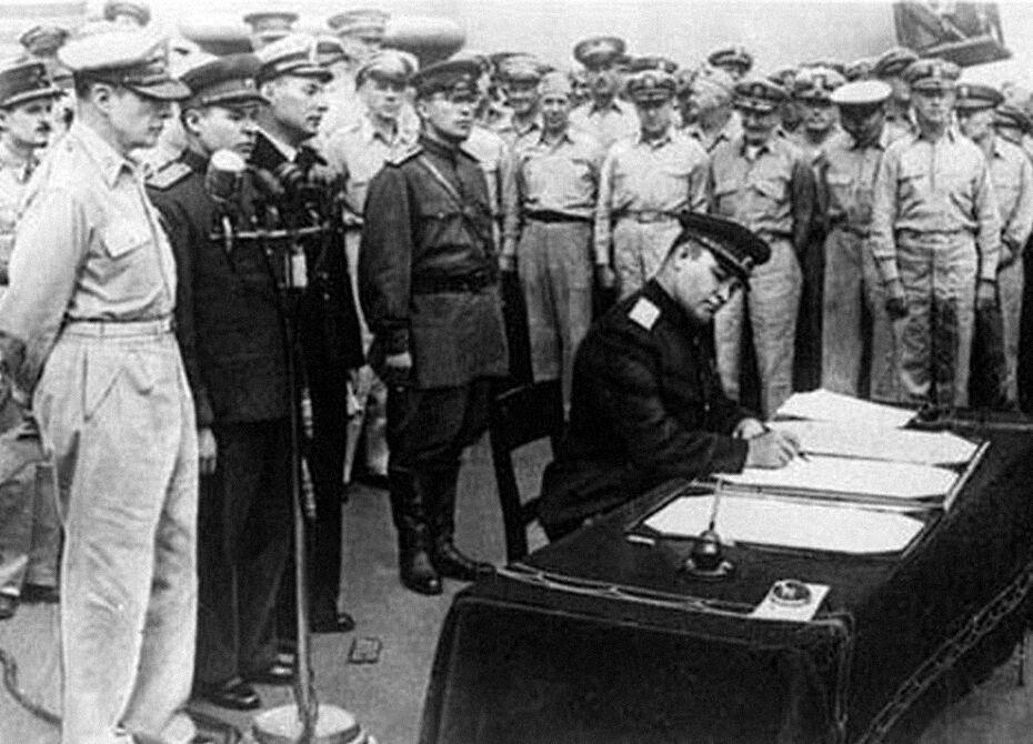 Маршал Деревянко принимает капитуляцию Японии