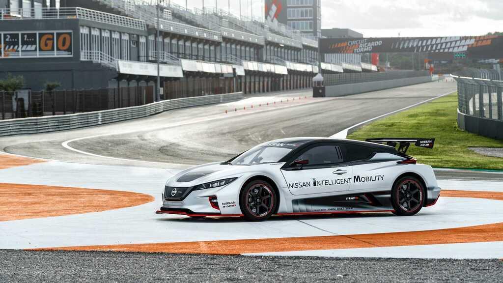 Електромобіль Nissan LEAF Nismo RC