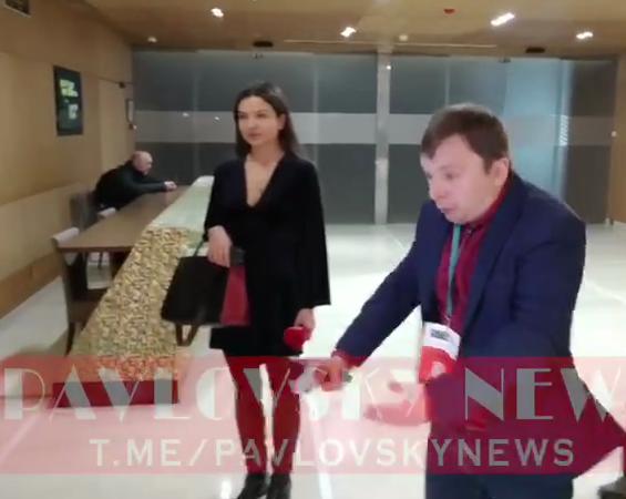 Журналист сцепился с охраной Гончарука
