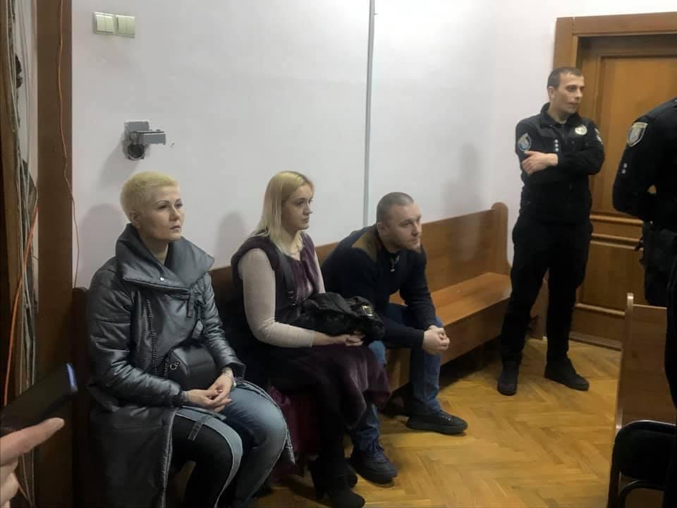 """В Киеве устроили параллельные заседания по Дугарь, """"Буче"""" и Антоненко"""