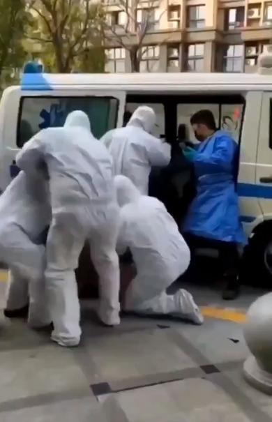 В Китае устроили облавы из-за коронавируса