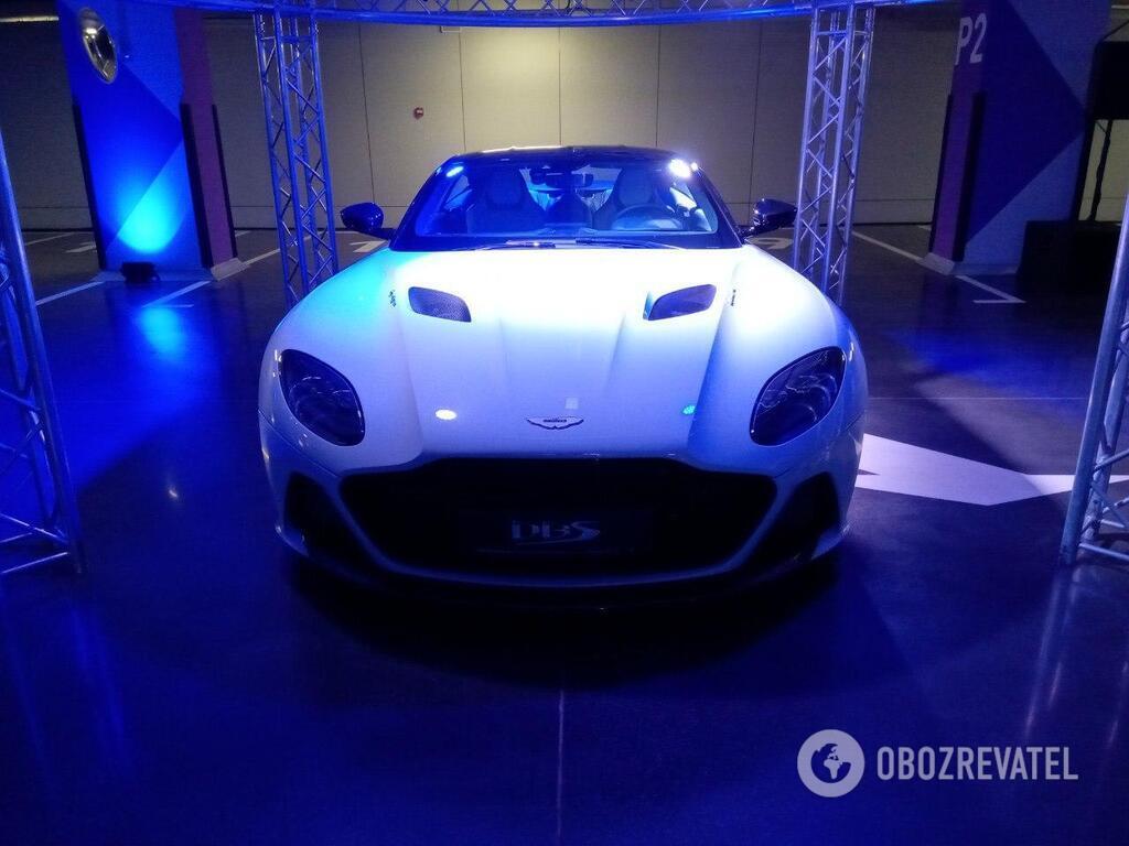 Aston Martin DBS Superleggera – мощнейший дорожный автомобиль британской компании