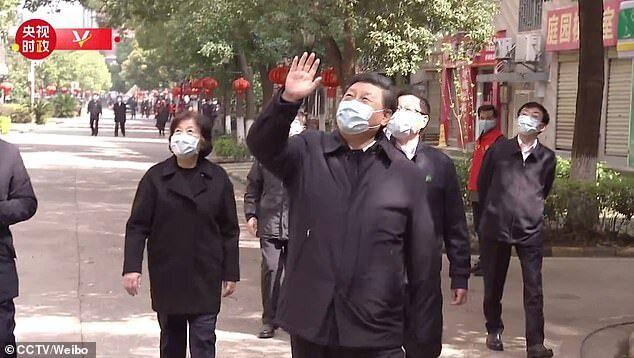 Си Цзиньпин посетил Ухань