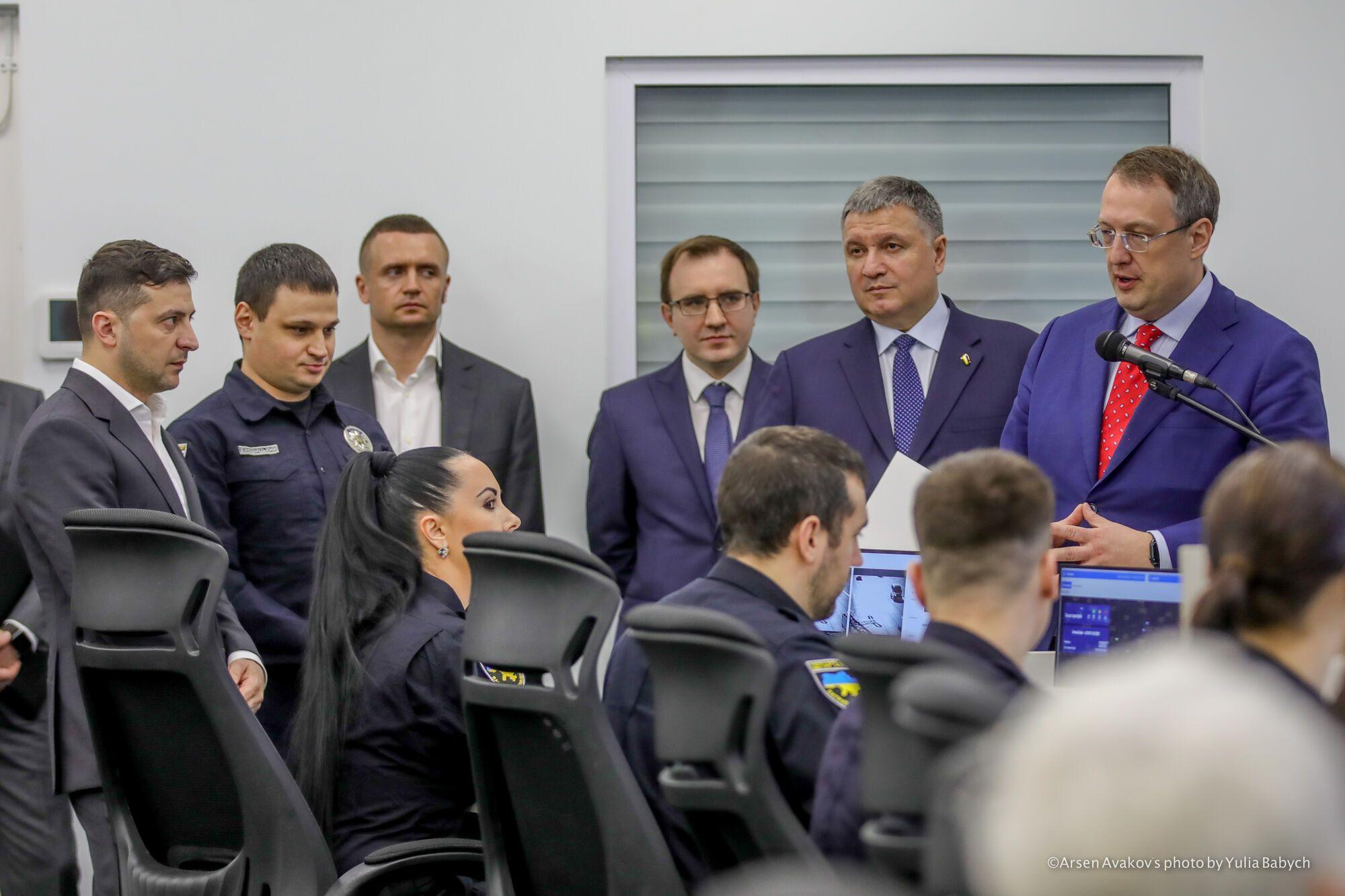 Зеленскому показали, как будут ловить нарушителей ПДД