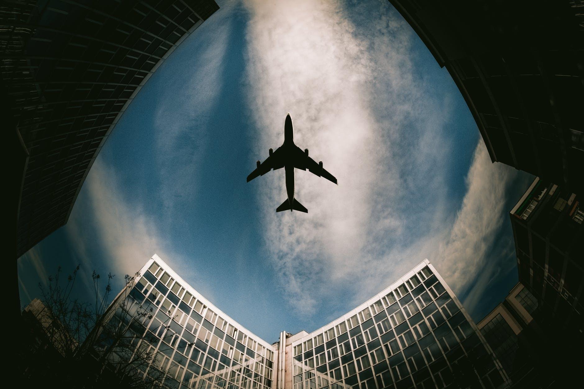 Как выжить в аварийной ситуации в самолете: стюардесса дала совет
