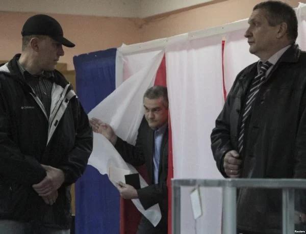 Сергій Аксьонов на псевдореферендумі REUTERS