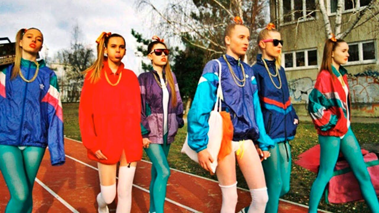 Культові вбрання часів СРСР: як одягалися радянські модниці