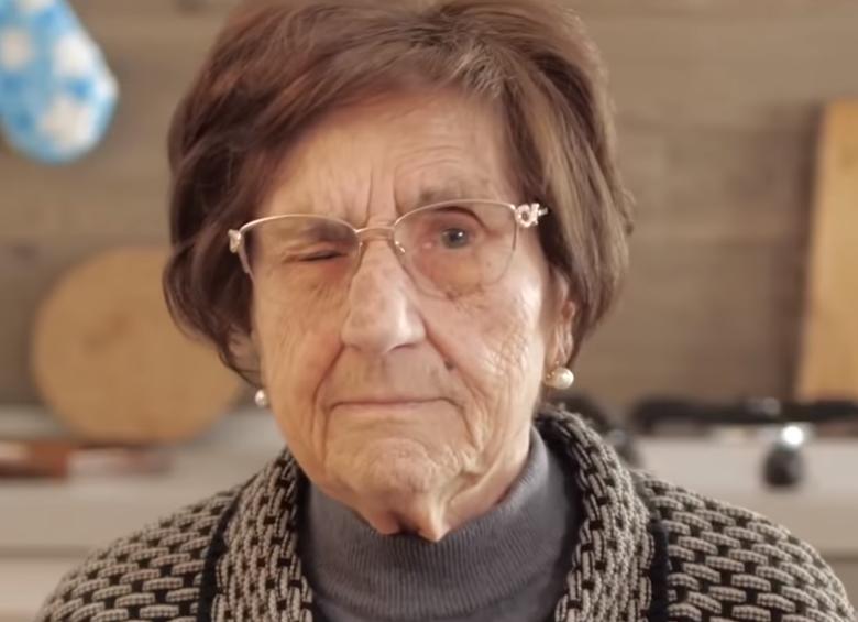 """Итальянская бабушка порвала сеть видео """"I consigli di nonna"""""""