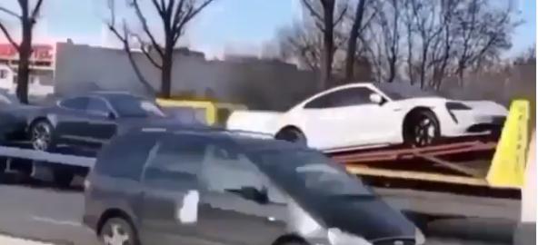 Первые Porsche Taycan в Украине