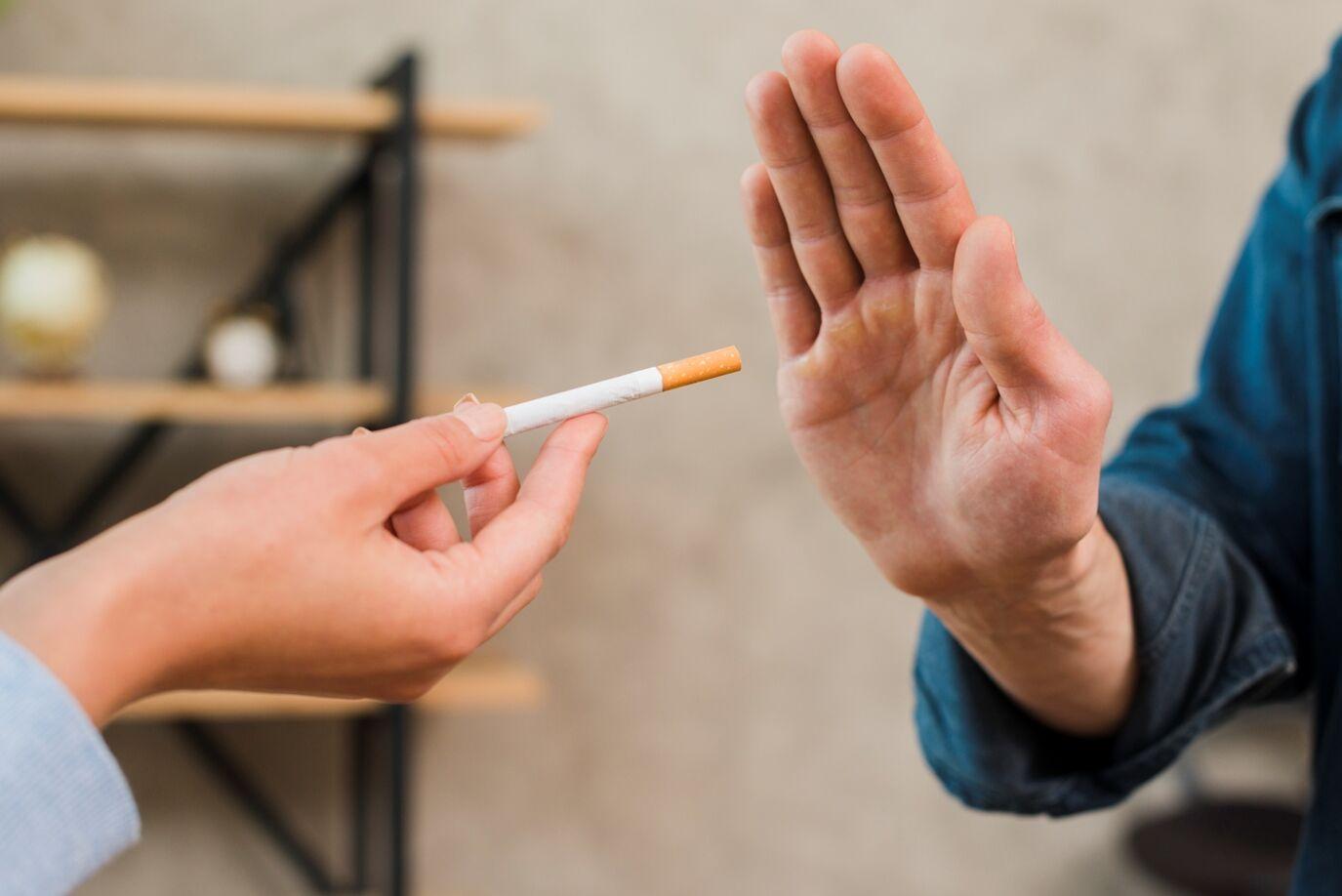 фото о борьбе с курением государь любил приятные