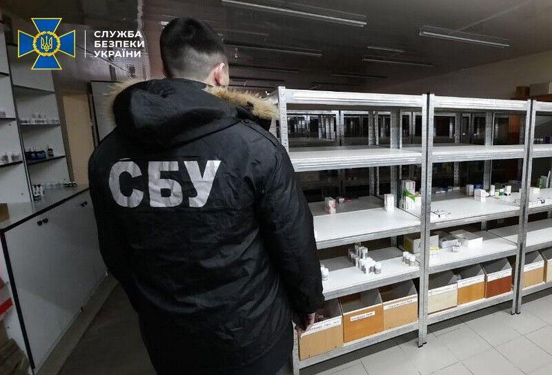 СБУ накрила підпільний склад із фальшивими ліками